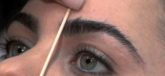 Gorgeous Home Eyebrow Waxing Tips & Techniques - SheClick com