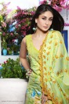 firdous-lawn-collection-2010-kareena-kapoor-24