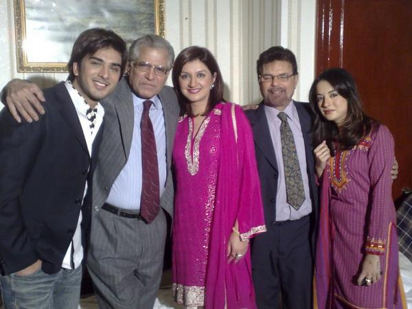 Imran Abbas With Family Sheclick Com