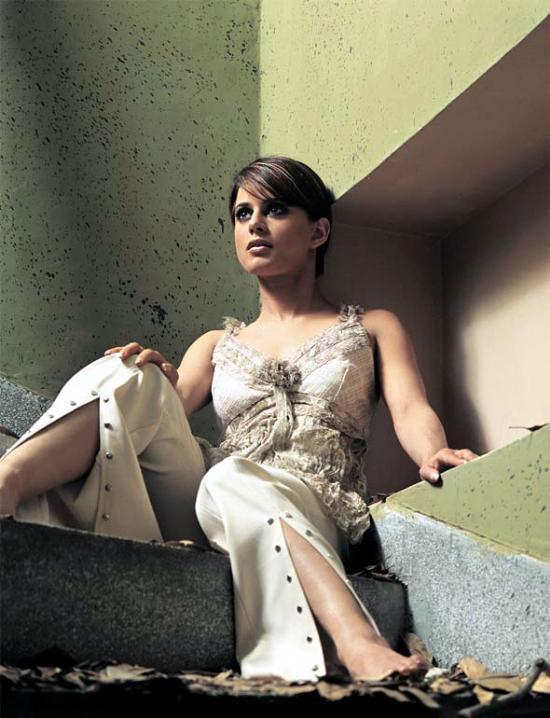 Mehreen Raheel Hot Photos Sheclick Com