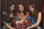 Nadia-Khan-and-friends