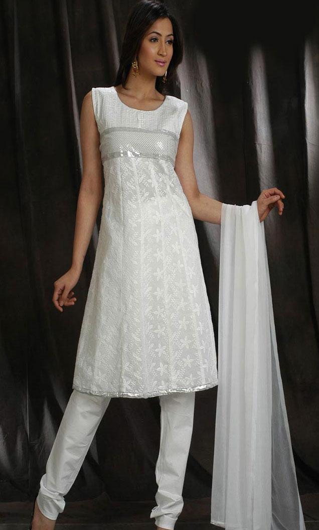 White Cotton Churidar Kameez Sleeveless