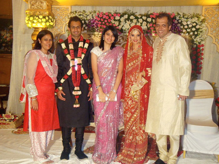 sania mirza and shoaib malik wedding images sheclickcom