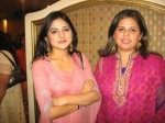 Sanam Baloch with sister Maheen