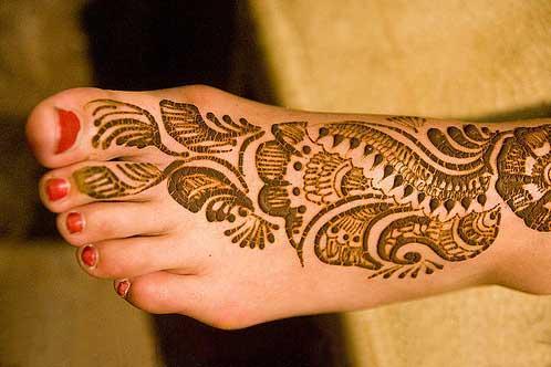 vine tattoo designs on foot. tattoos designs on foot.