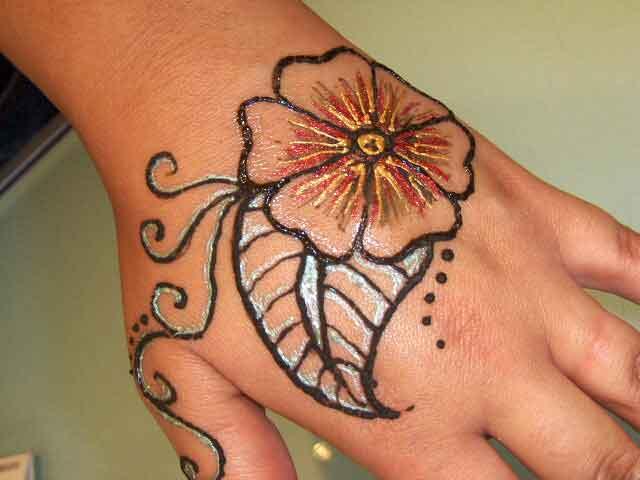 Flower Mehndi Tattoos Of Pakistan