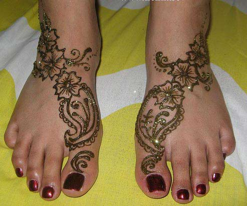 Yoga Tattoo Designs on Flower Tattoos Foot Designs Collection Flower Tattoos On Feet Style