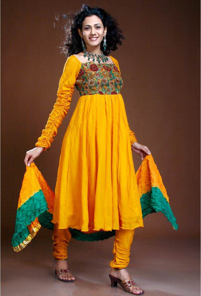 Latest Mehndi Dress Collection - ~Mehndi Dresses 4 Dulhan ;;)~