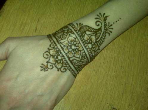 wrist mehndi designs for girls   sheclick