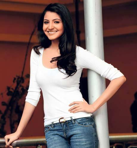 Anushka Sharma Pics Sheclick Com
