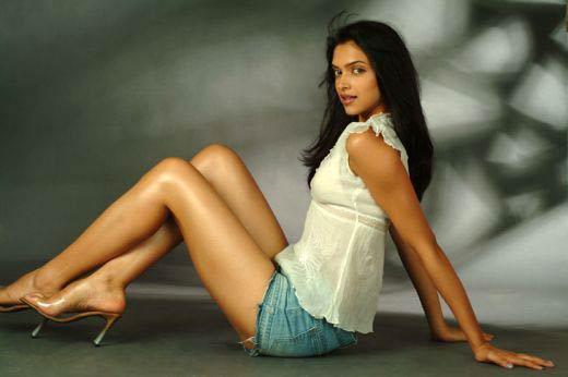 Deepika Padukone Hot Sheclick Com