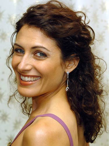 Lisa Edelstein Curly Hairstyle
