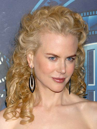 Nicole Kidman Curly Hairstyle Sheclick Com