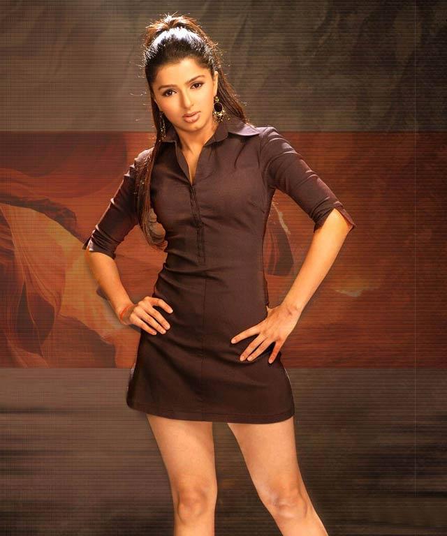 Bhumika Chawla Hot Pics Sheclick Com