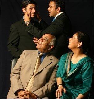 Fawad Afzal Khan Family Pics - SheClick.com