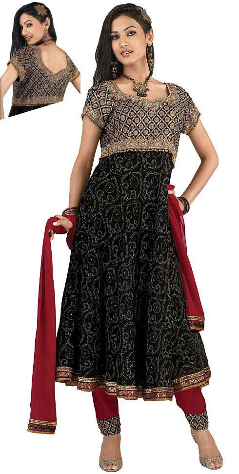 Shaadi Dresses in Pakistan – Beautiful and Fancy ...