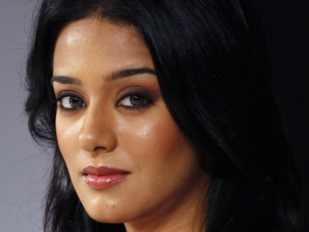 Amrita Rao Lips And Eyes Expose Sheclick Com