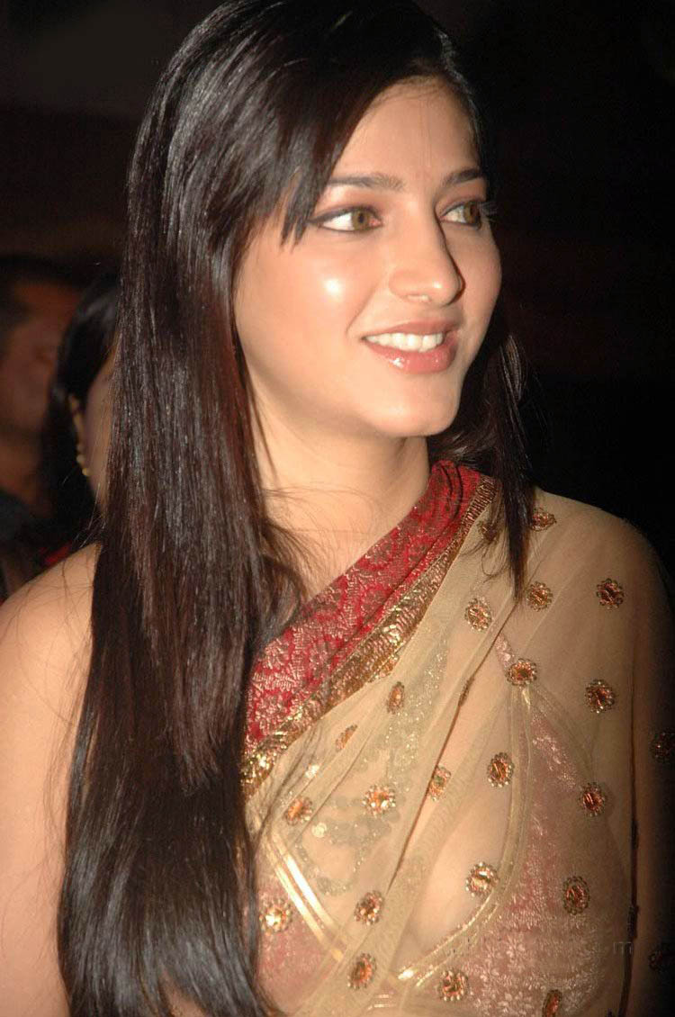 Celebrity Shruti Hassan Eyes Beauty Sheclick Com