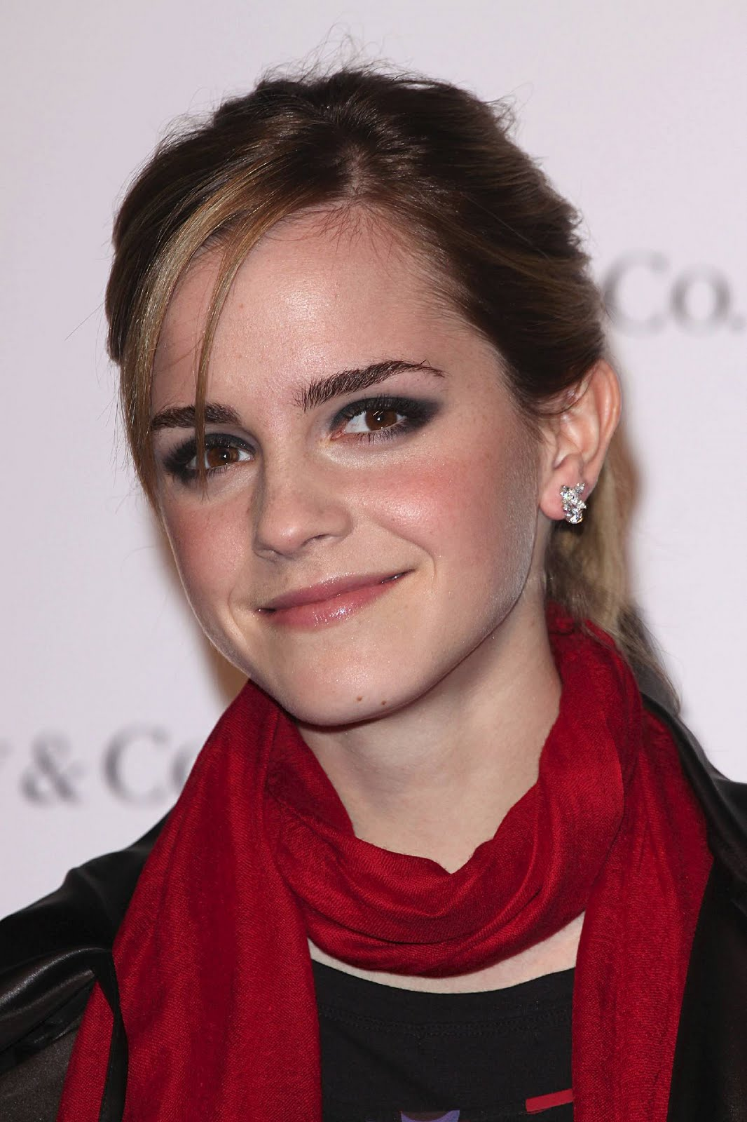 Emma Watson Beautiful Hairstyles Photo Sheclick Com