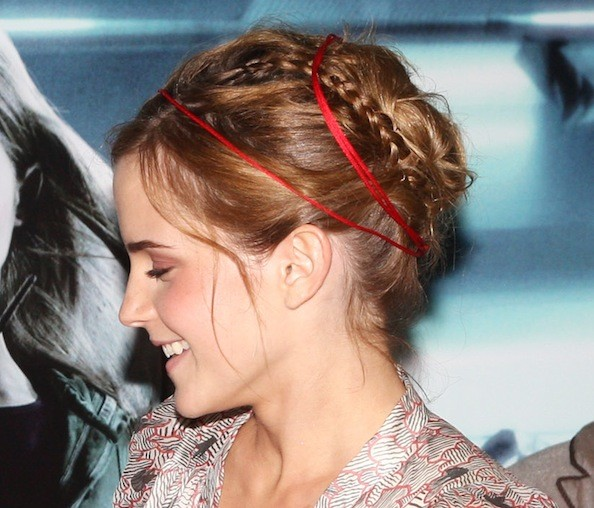 10 Things You Need To Know Before Hiring A Web Designer: Emma Watson Latest Prom Hairstyles Ideas