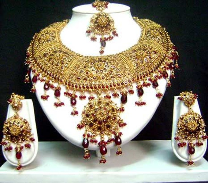 10 Things You Need To Know Before Hiring A Web Designer: Jodha Akbar Pakistani Jewellery Sets