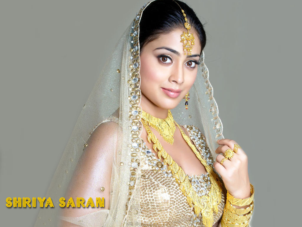 Model Shriya Saran Bridal Photo Shoot Sheclick Com