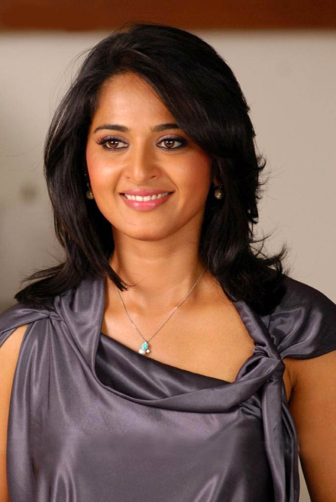 Modern Anushka Shetty Photos Sheclick Com