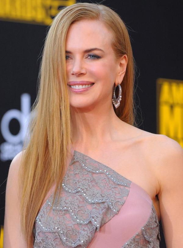 Nicole Kidman Cute Straight Haircut Pictures Sheclick Com