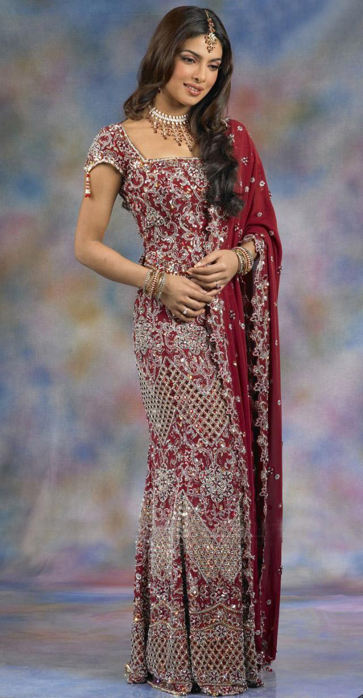 Types Of Mattresses >> Priyanka Chopra Wedding Lehnga Saree - SheClick.com