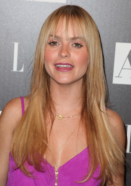 Taryn Manning Long Layered Hairstyle Fashion Layered Hairstyles for Women