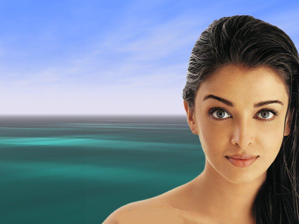Aishwarya Rai Gorgeous Model And Actress Sheclick Com
