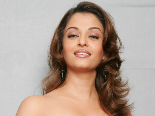 Aishwarya Rai Without Cloths Dress Hot Photo