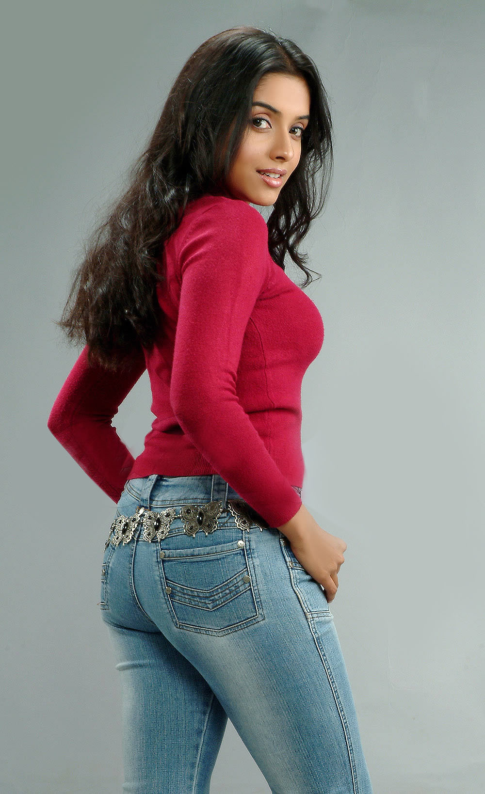Asin Thottumkal Jeans And Shirt For Winter Sheclick Com