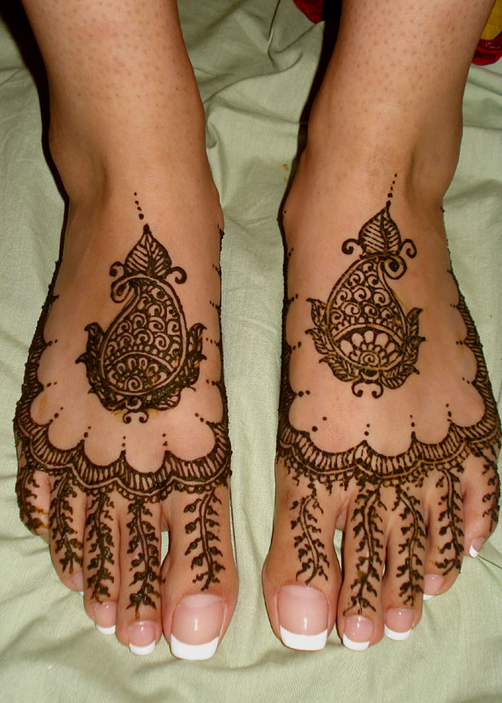 Feet Mehndi For Eid : Eid mehndi for feet latest designs
