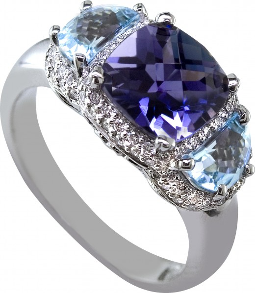 Elegant Blue Topaz Diamond Ring for Women 2010 520x598 - Latest Fashion Rings: Remarkable Designs Collection