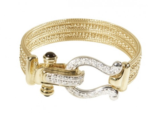 Gold and Diamond Bracelets for Pakistani Girls 520x396 - Women Gold Bracelets For 2011 – Ultimate Designs Collection
