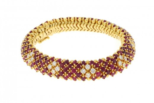 New Yellow Gold Diamond Ruby Bracelet Design 520x346 - Women Gold Bracelets For 2011 – Ultimate Designs Collection