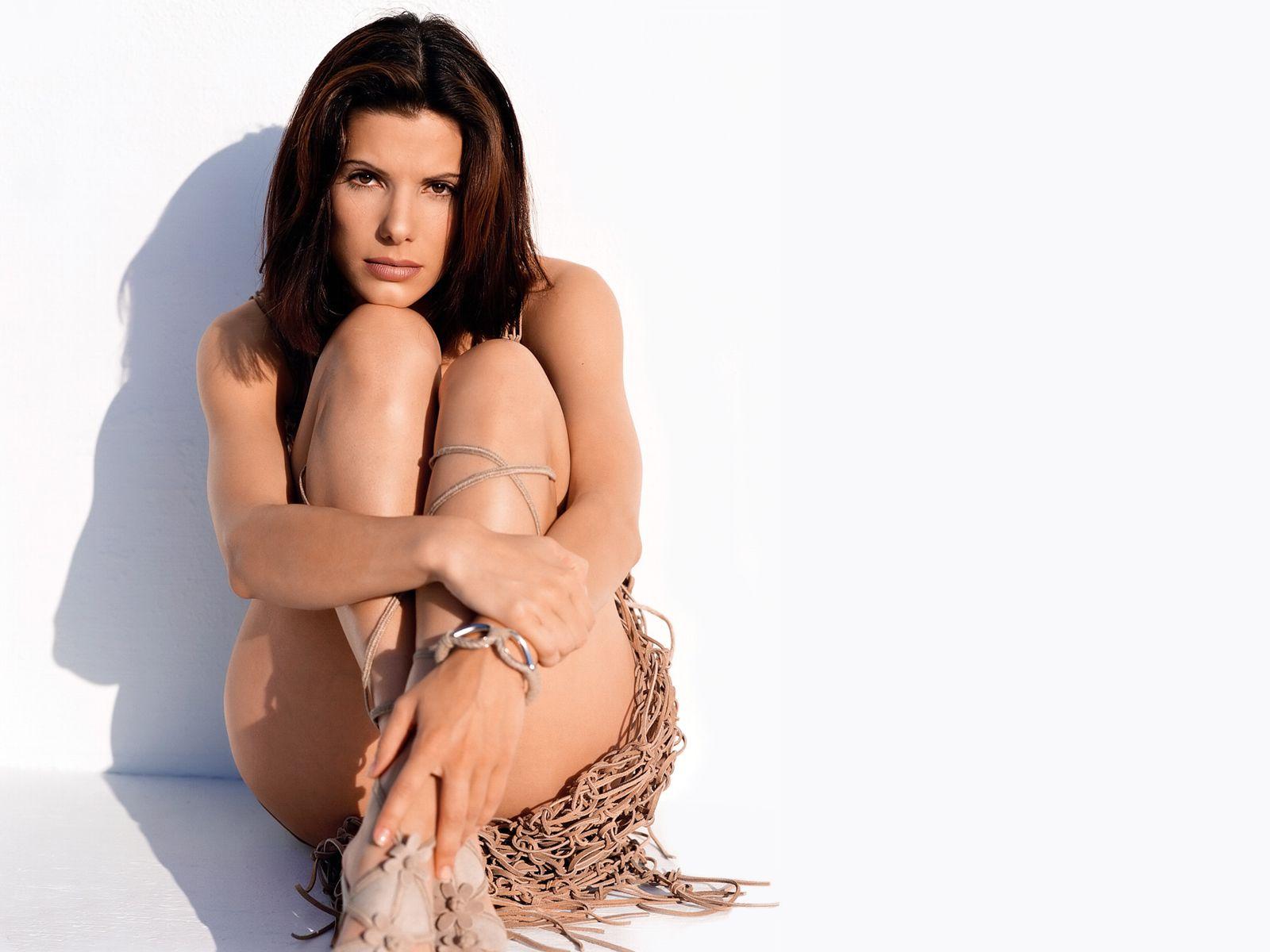 Sandra bullock bikini photos