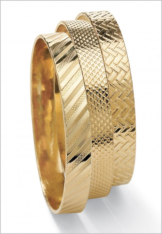 Set of Three Bangle Bracelets Ideas for Girls 520x748 - Women Gold Bracelets For 2011 – Ultimate Designs Collection