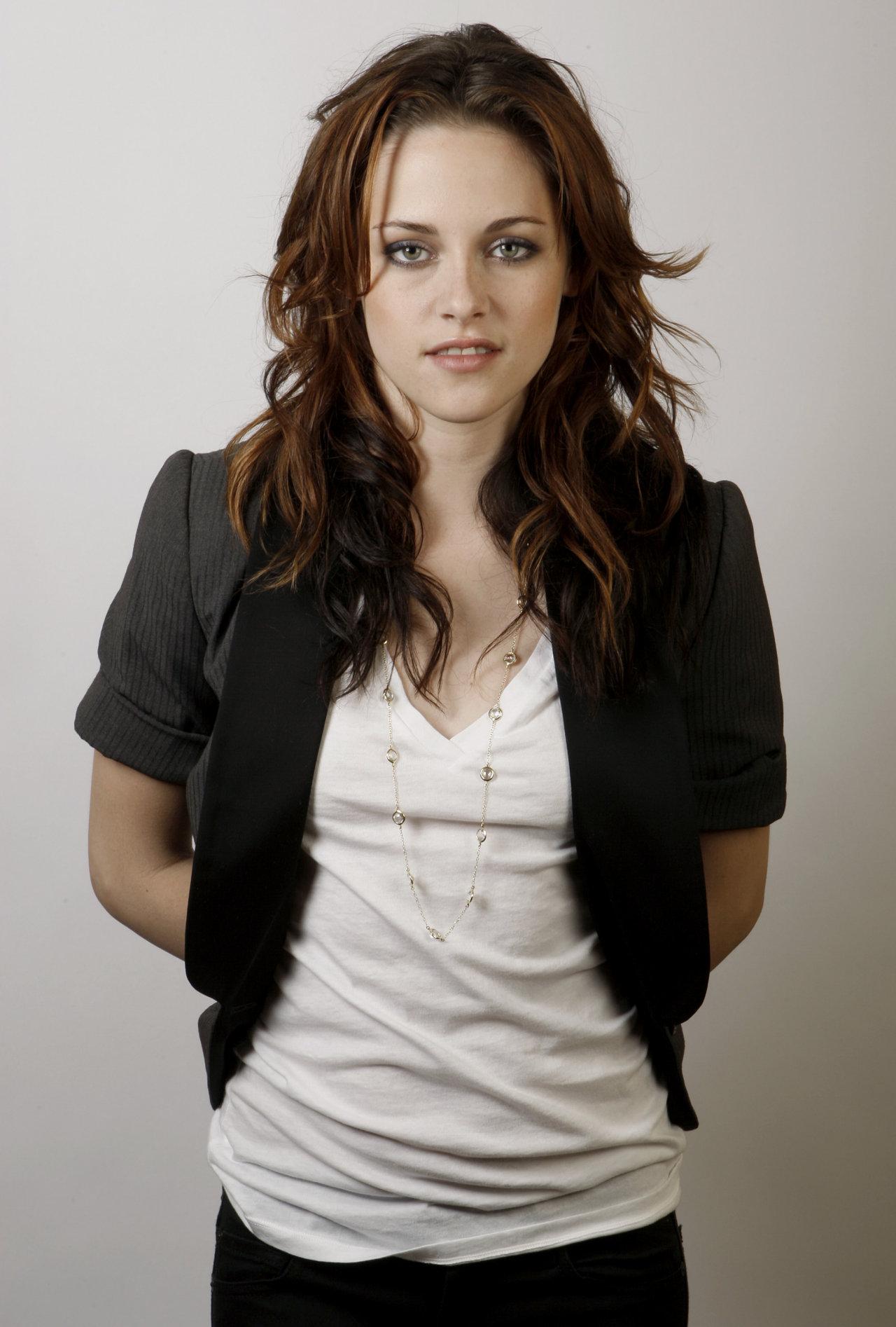 Kristen Stewart Sheclick Com