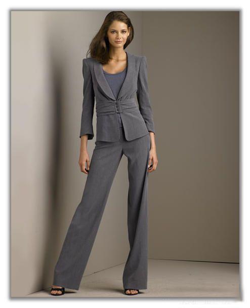 костюмы женские деловые италия