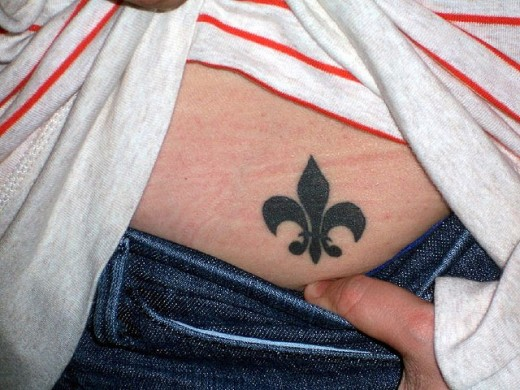 Latest Fleur De Lis Tattoo Design
