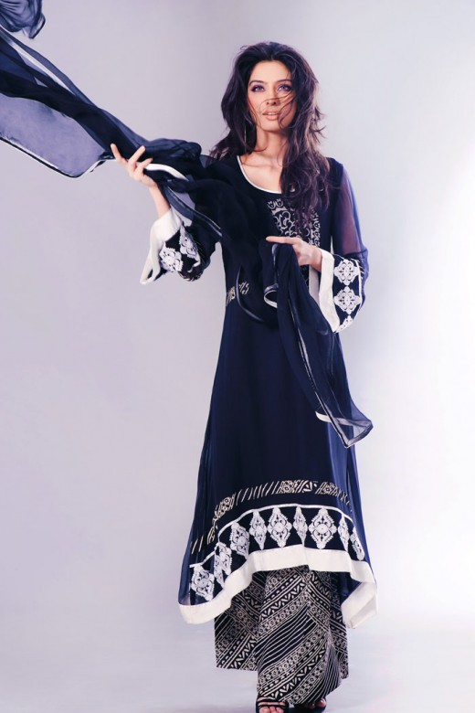 Long Kameez With Trouser for College Girls