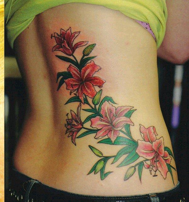 Лилия тату цветок