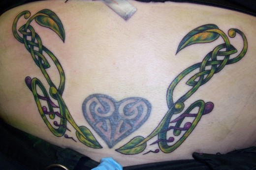 Vine Tattoo for Girls