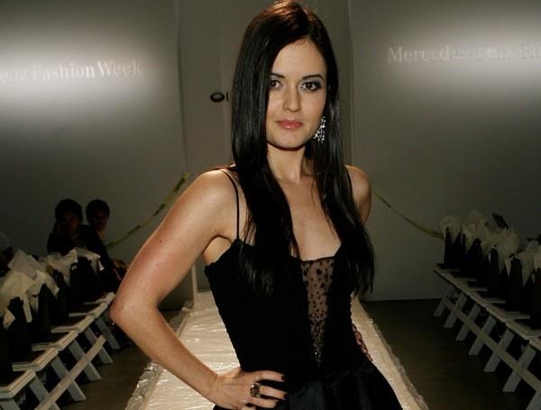 Actress Danica Mae Mckellar Sheclick Com