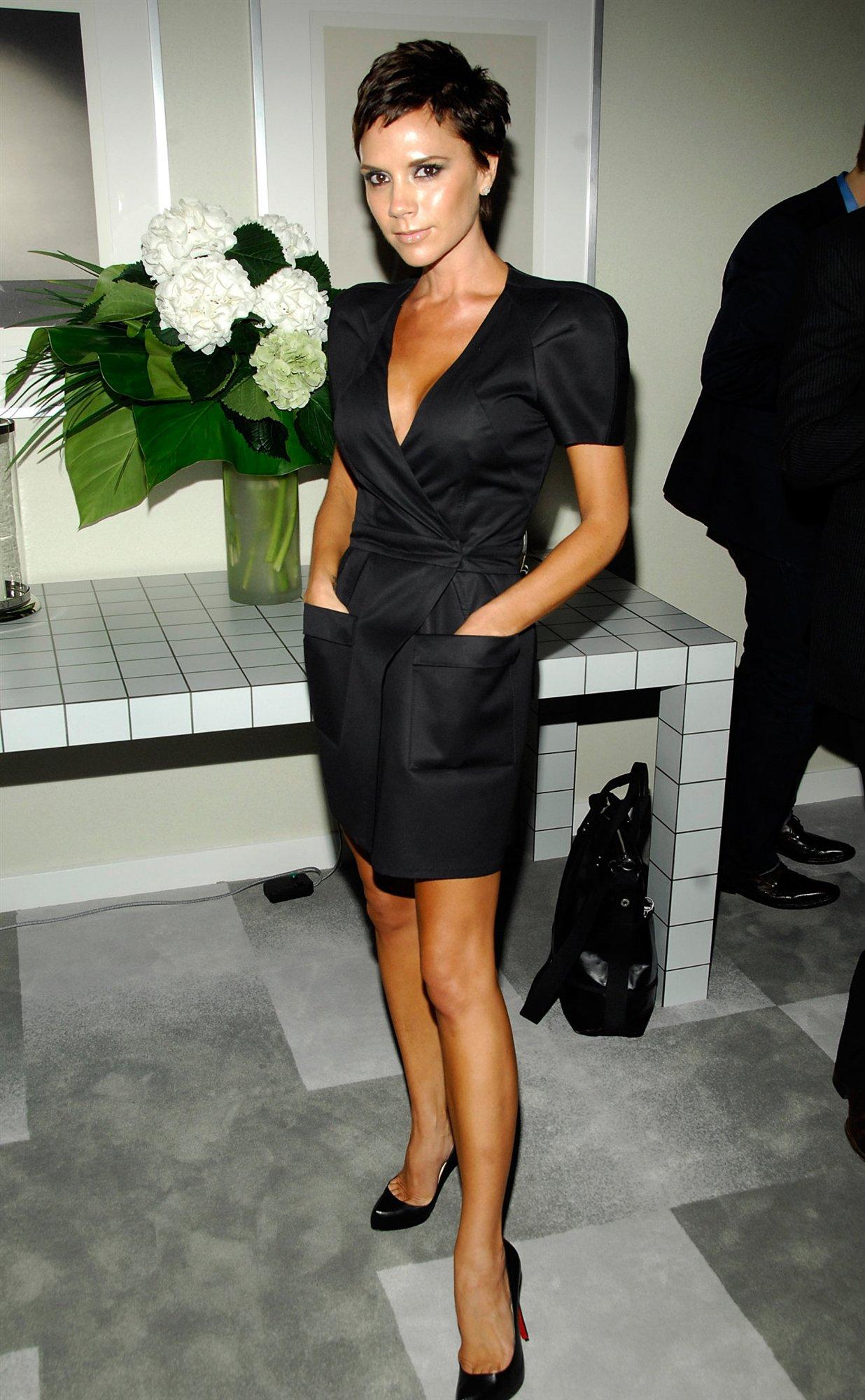 Victoria Beckham Hot Actress - SheClick.com