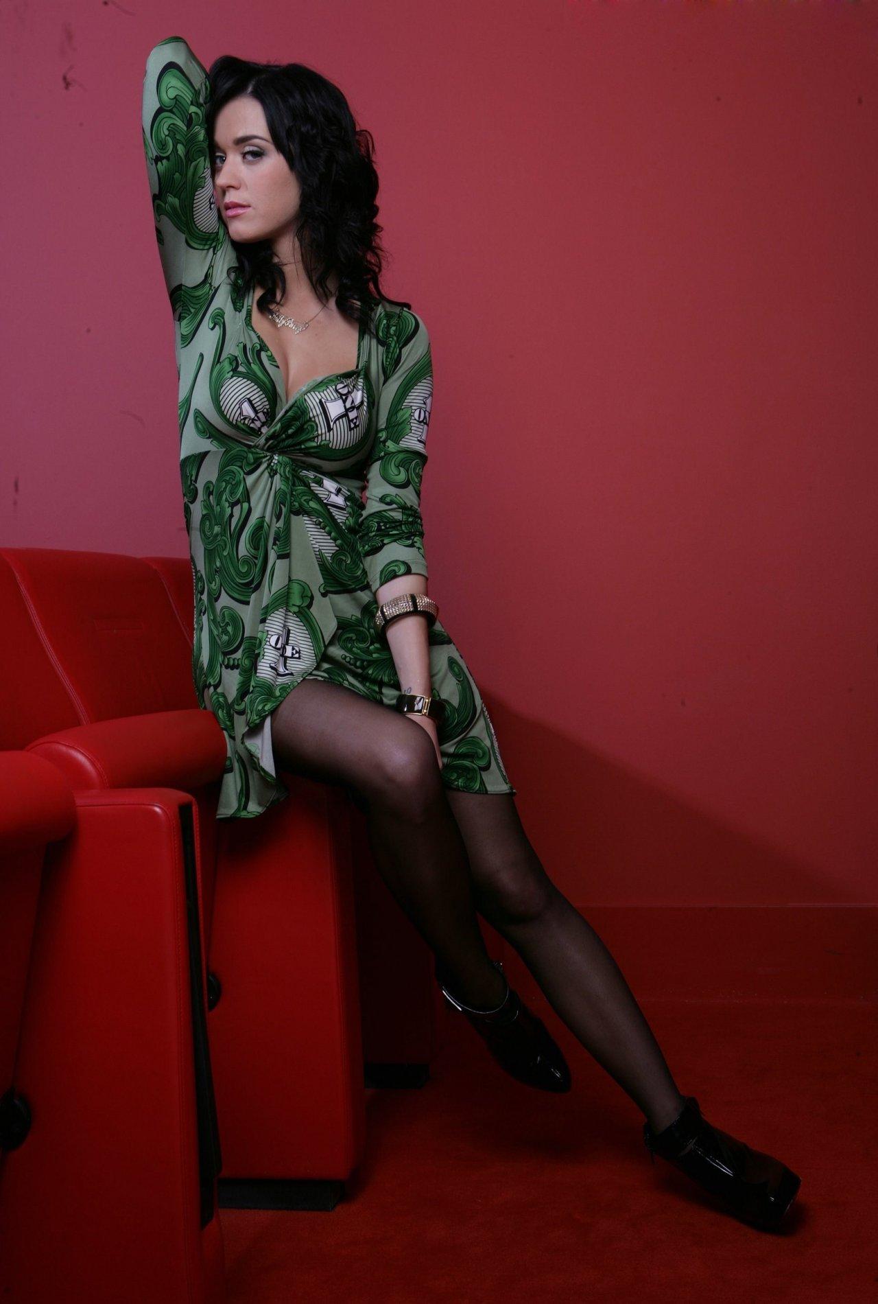 Katy Perry Hot Pics Sheclick Com