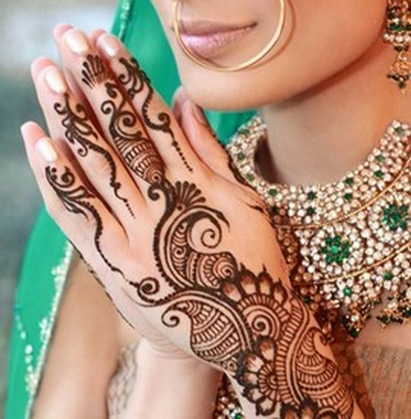Beautiful Mehndi : Most beautiful bridal mehndi designs sheclick