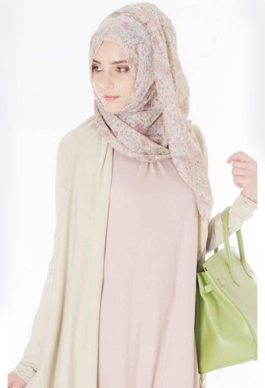 15 Latest Arabian Style Abayas 2018